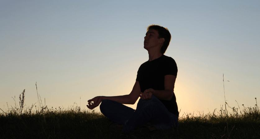 瞑想を正しく行い理解する、6つの鍵とその方法
