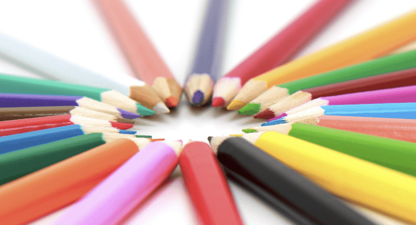 カラーセラピーで日常生活をHAPPYにする5つの方法