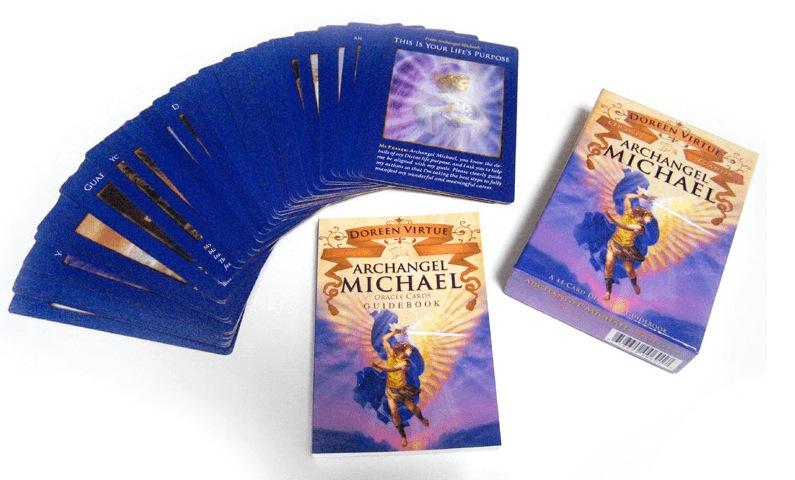 オラクルカードを使って、あなたの運命を導く7つのステップ