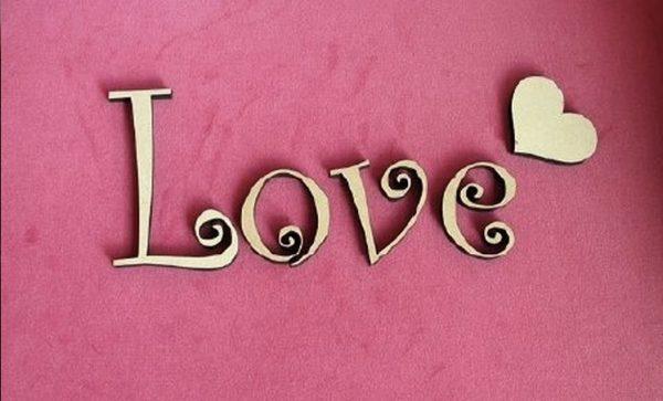 簡単恋愛心理学、あなたの行動を変えて恋を実らせる9つの方法