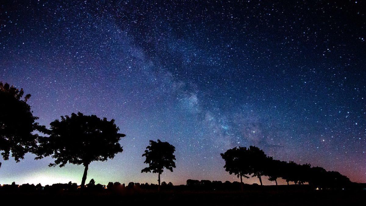 なぜ新月の夜に願い事をするとよいのか?のイメージ