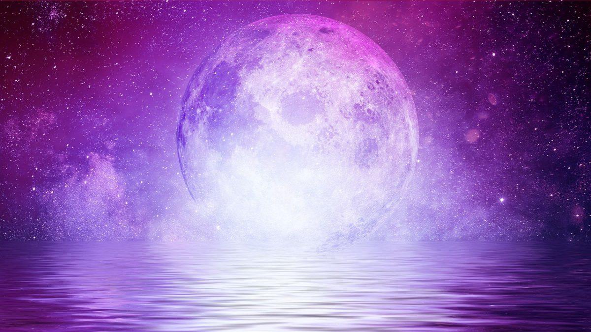 満月のパワーを使って開運するコツのイメージ