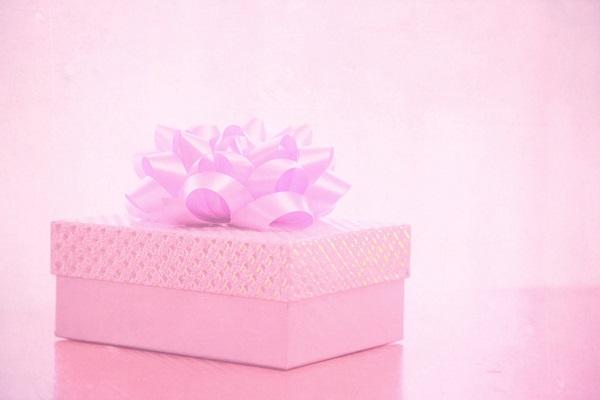 誕生日会で渡すと相手に喜ばれる、意外な9つのプレゼント