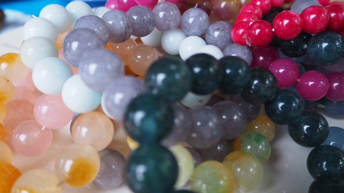 【目的別】一般的によく使われる数珠ブレスレットの組み合わせのイメージ