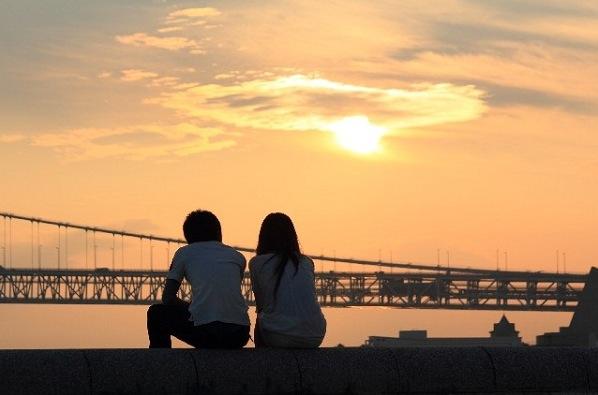 豊かな愛情を育む恋愛を引き寄せて、幸福な生活をおくる7つの方法