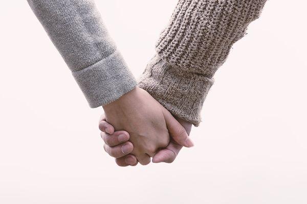 ほくろ占いを使って冷え込んだ恋愛を復活させる7つの方法