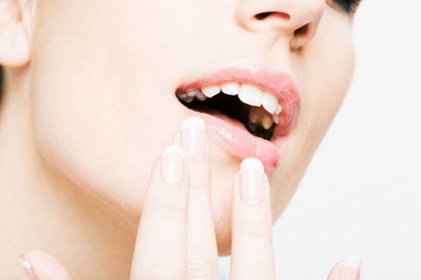 唇のほくろを詳しく知って 異性と楽しく会話する7つの方法
