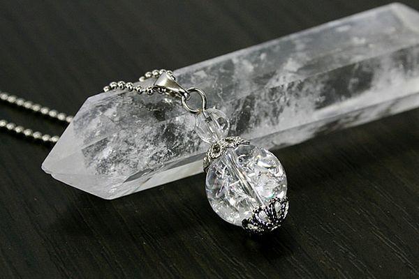 クラック水晶で邪気を払い 開運する☆具体的な使い方とは?