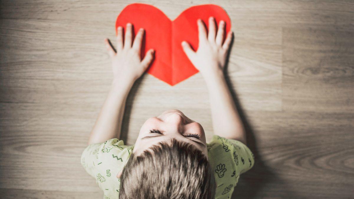 子供の性格と親からの遺伝や関係についてのイメージ