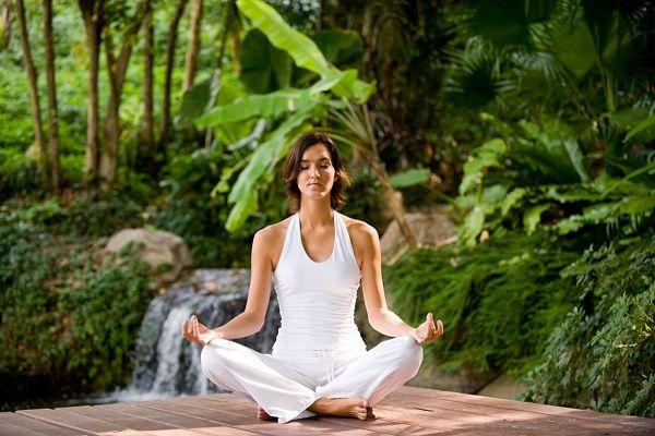 瞑想の効果を取り入れて気分爽快に生きるライフスタイル術