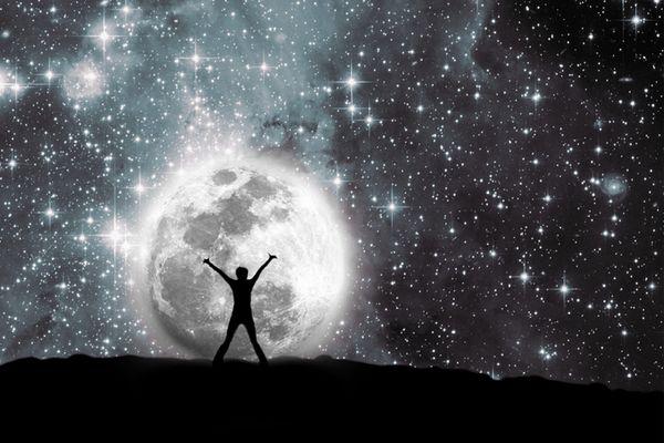 新月と満月のパワーを使い2倍速く夢を叶える7つの秘術