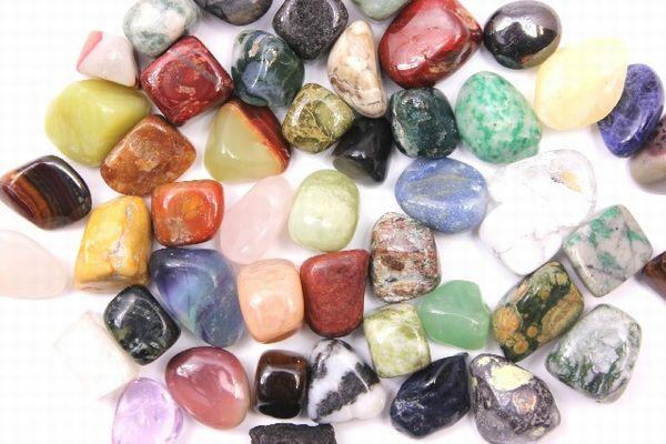 パワーストーンの意味を知って自分に最適な石に出会う方法