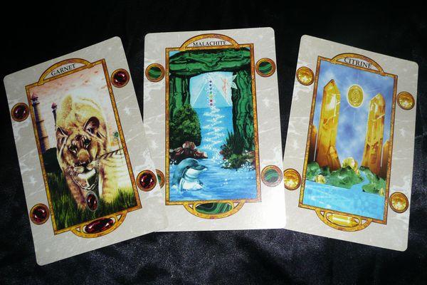オラクルカードの不思議な力で迷いを吹き飛ばす7つの方法