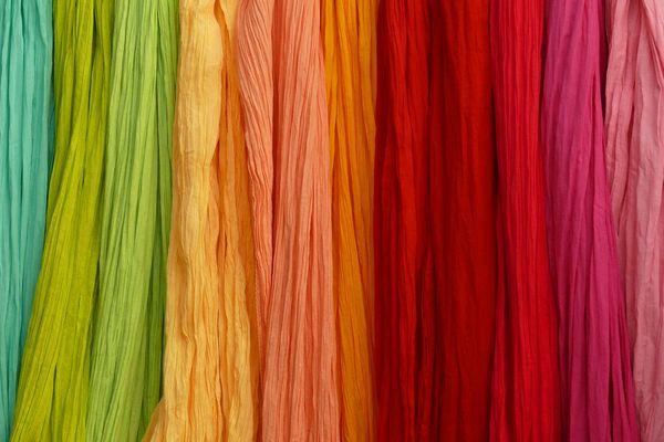 身に着ける色の組み合わせで幸せを呼ぶ5つの開運アイテム