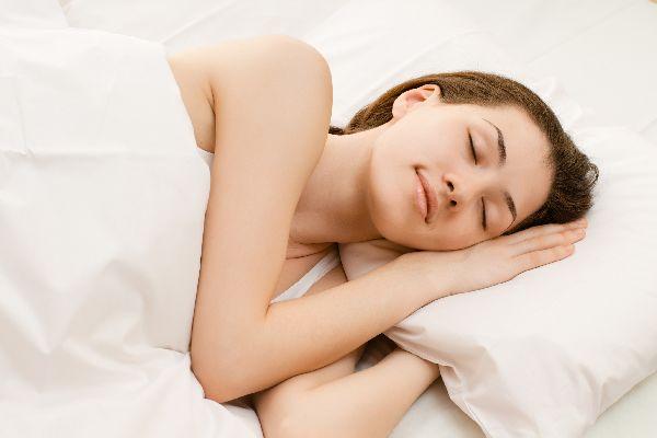 アメジストのリラックス効果で毎晩ぐっすり眠る5つの方法