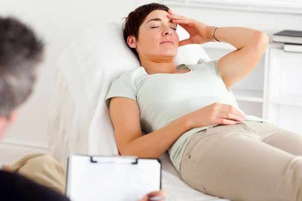 催眠療法を使う前に、よく注意しなければならない危険な罠