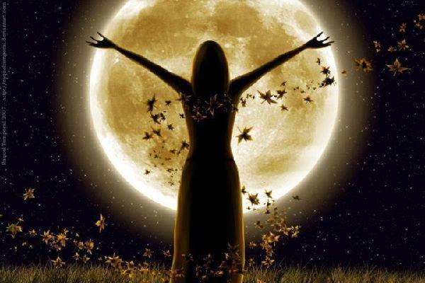 満月にお祈りをして自分の願いを3倍早く叶える5つの方法