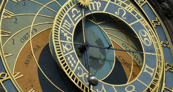 西洋占星術をつかって運勢を知り困難を乗り切る5つの方法