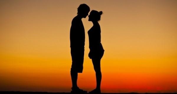 引き寄せの法則を使って恋愛チャンスを倍増する5つのコツ