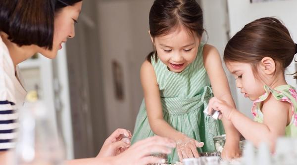 楽しいこと3選!子供も喜ぶ、雨でもお家で出来る親子遊び