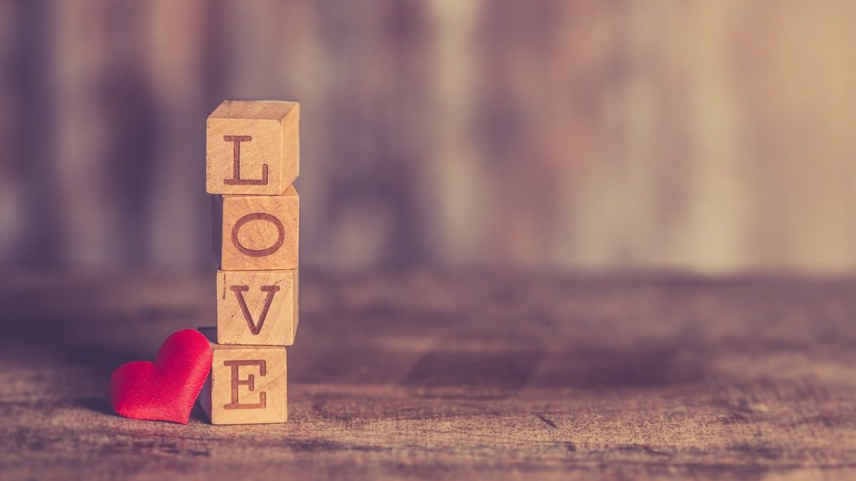 恋愛運がわかる手のひらにあるほくろの場所のイメージ