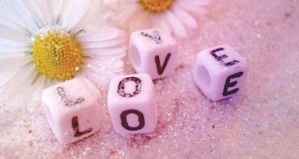 恋のおまじないを信じると叶う法則