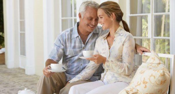 年の差結婚を反対する両親の気持ちを知って説得するワザ