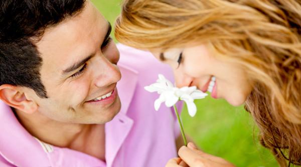 男性が本気で付き合いたい女性の条件とは?