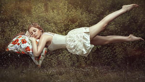夢で好きな人が現れたら、その恋の行方は?