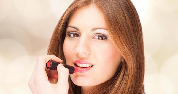唇周りにシミやほくろができなくなる予防の仕方
