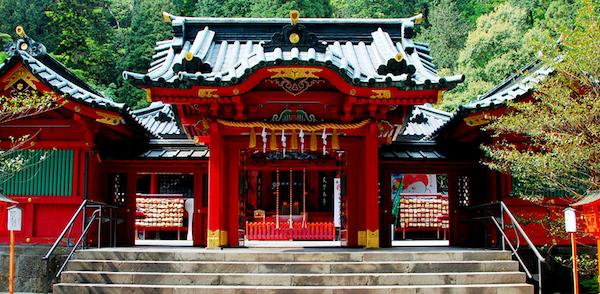 神奈川のパワースポットで、ご利益ある3つの神社