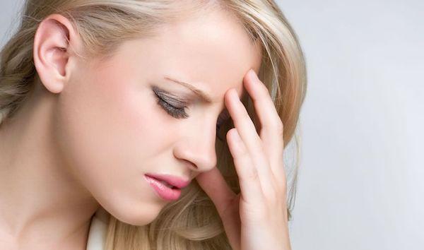 精神的ストレスからの頭痛を解消する5つの方法