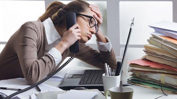 仕事を捗らせる為に、職場でできるストレス解消法