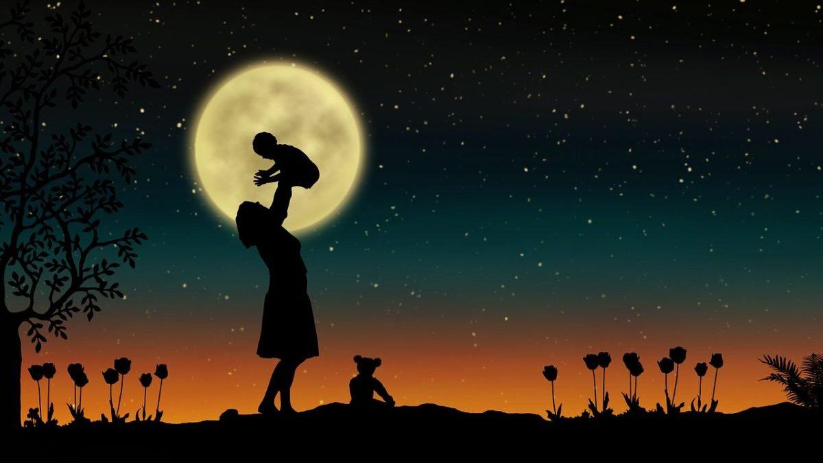 満月に出産が増える◯つのワケ・女性と月の関係についてまとめ