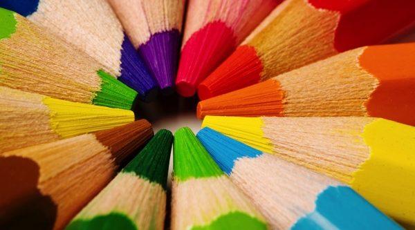 カラー診断で好きな色からわかるあなたの性格7選