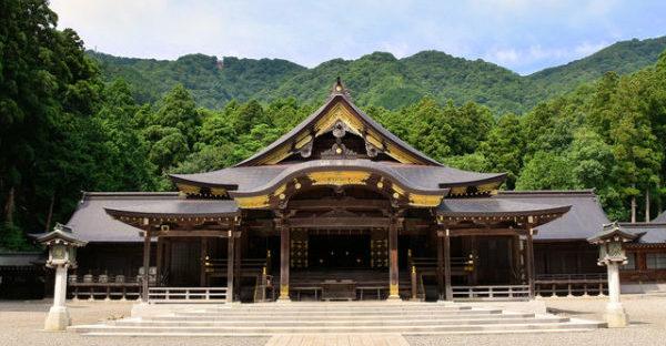 彌彦神社のイメージ