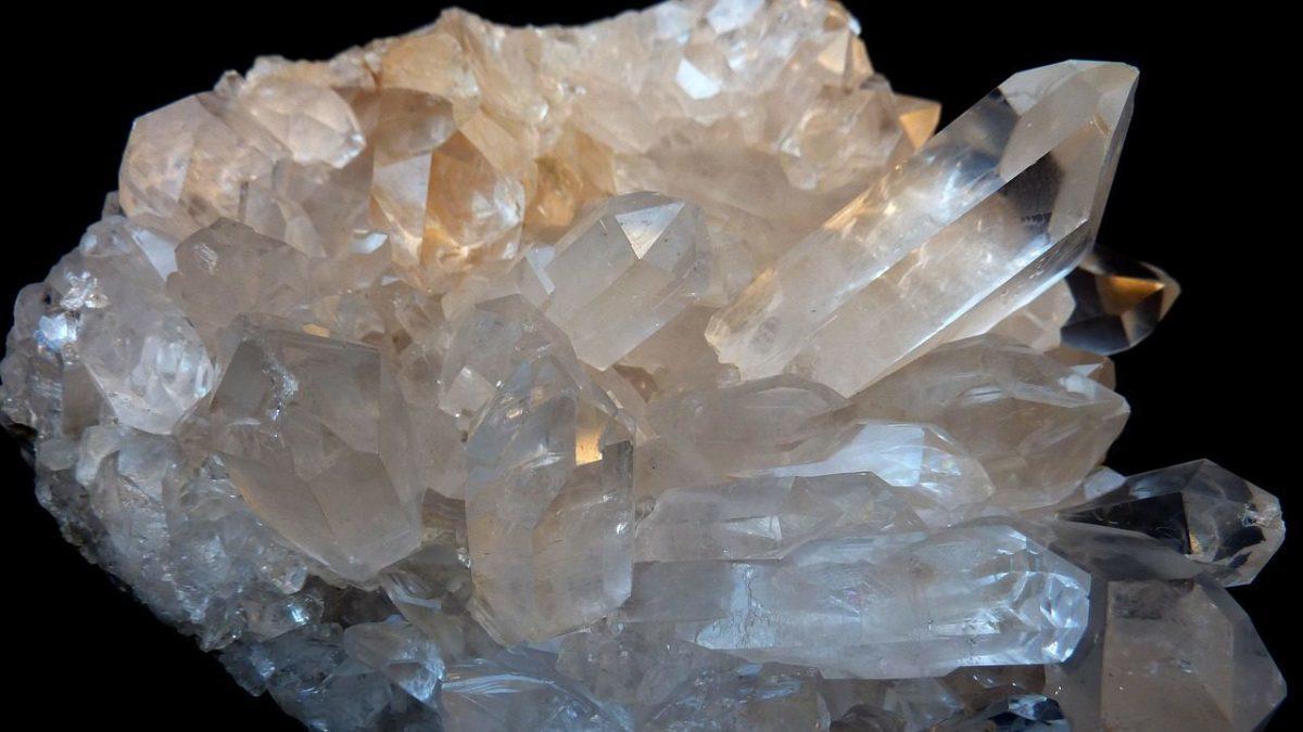 水晶の形と特性