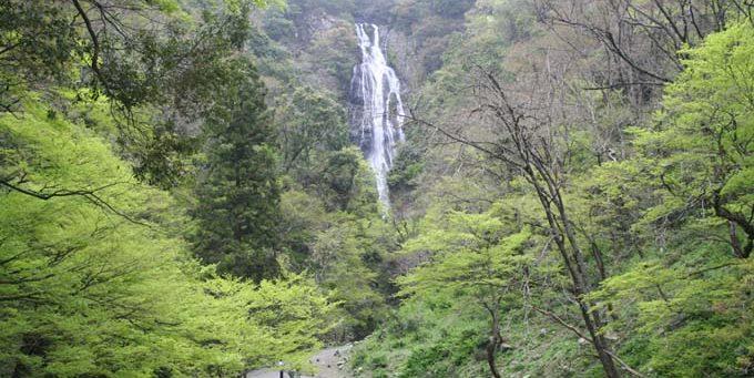 神庭の滝(かんばのたき)のイメージ
