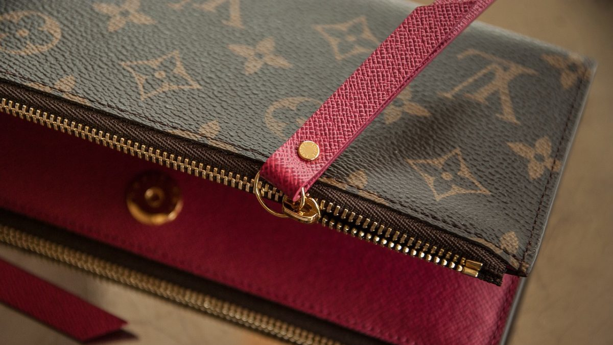 財布は風水で選ぶ!金運を上げる良い「選び方」と「使い方」