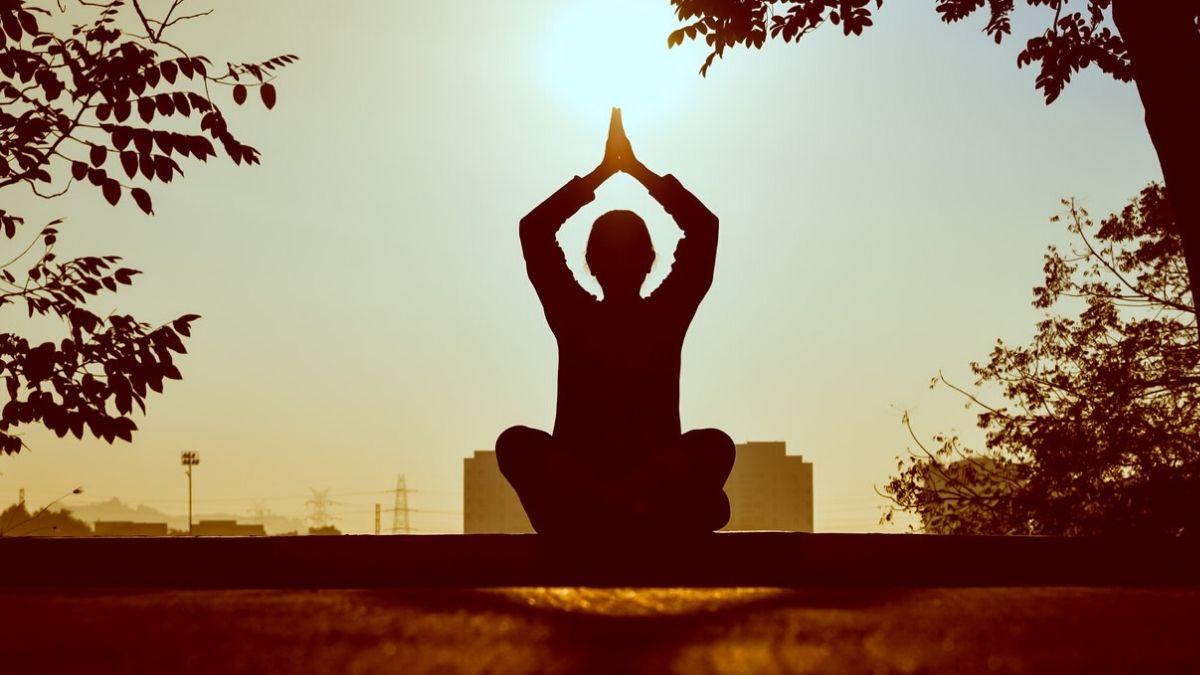 潜在意識を使って自分とつながる!瞑想の効果を高めるコツ